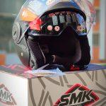 Moto ķivere SMK Cooper, atvērtā tipa rolleru/pilsētas. Akcijas cena 53,00 Eur.